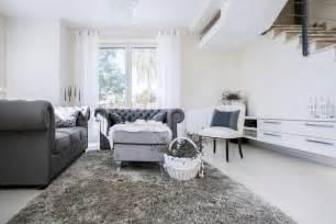 wohnzimmer in weiß grau wohnzimmer farb kombinationen mit grau