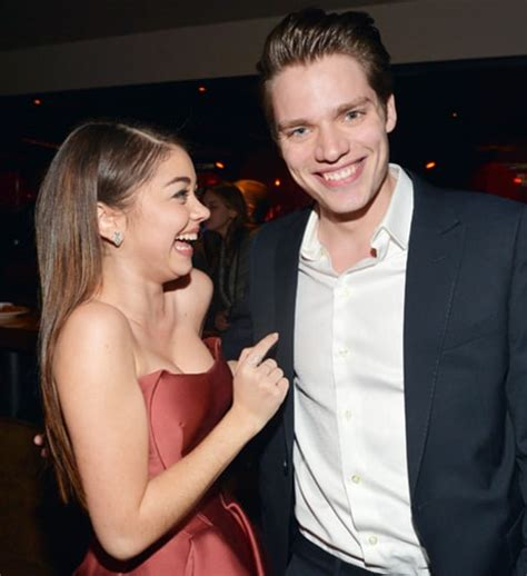 sarah hyland makes out with new boyfriend dominic sherwood