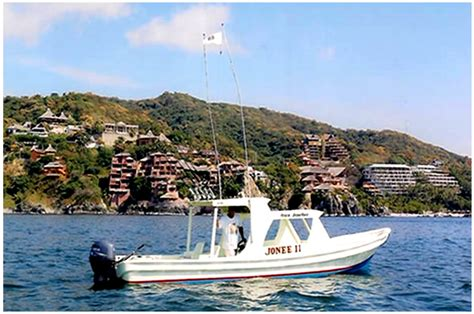fishing boats in zihuatanejo ixtapa fishing jonee ii and adrenalina super pangas