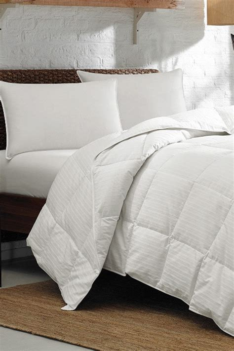 the best down comforter 6 tips to choosing the best down comforter for your bed