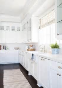 White Kitchen Cabinets And White Countertops Caesarstone Calacatta Nuvo