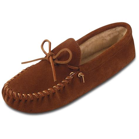moccasins shoes for s minnetonka 174 moccasin traditional pile lined softsole