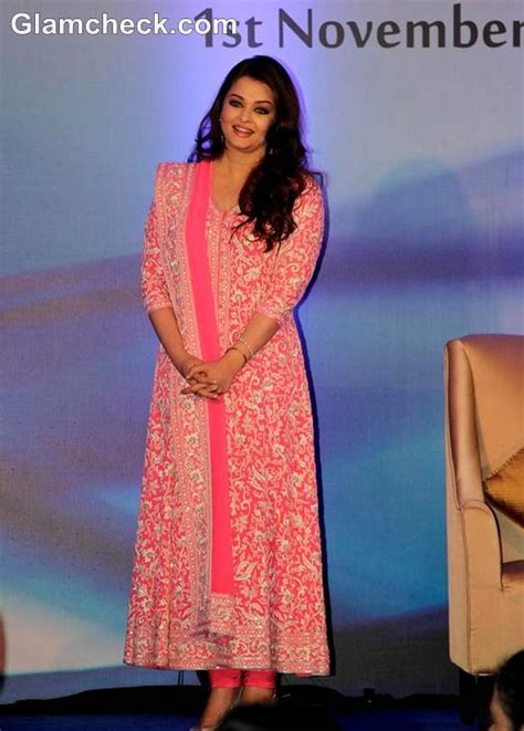 Aishwarya Rai Bachchan with daughter Aaradhya