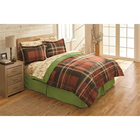 Bed Set by Castlecreek Montana Plaid Bed Set 667186 Comforters