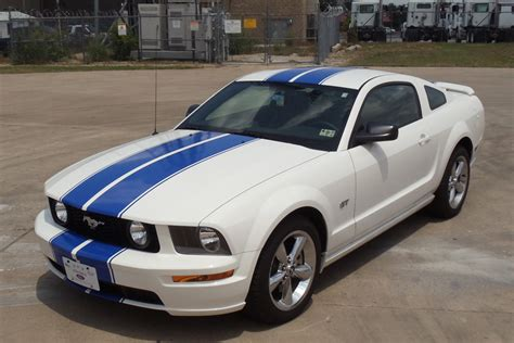 mustang blue and white ford mustang white with blue stripes car autos gallery