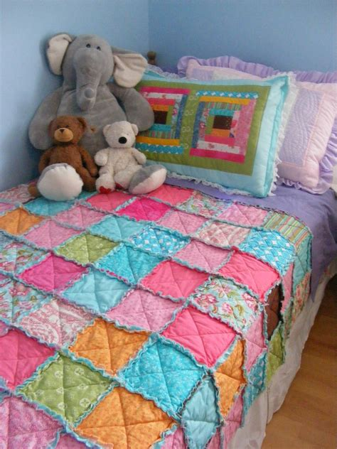 diy easy quilts diy easy thrifty pretty rag quilt diy craft projects