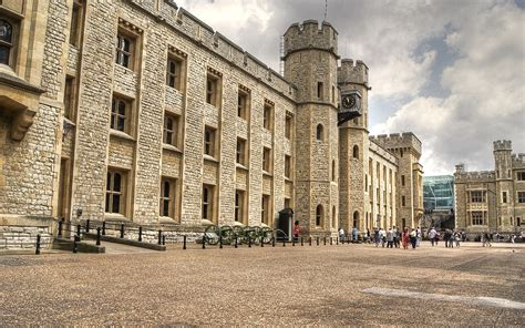 the jewel house london tower of london travel