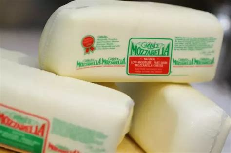 best mozzarella cheese what is the best brand of mozzarella cheese to use on a
