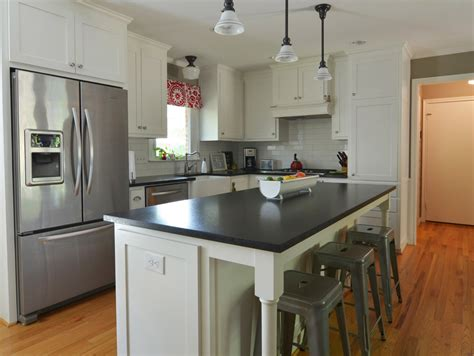 Island In A Kitchen L Shaped Kitchen Island Kitchen Traditional With Kitchen Cabinets Kitchen Remodeling