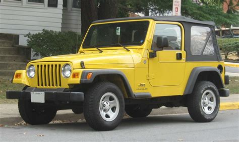 old yellow jeep file jeep wrangler jpg wikipedia