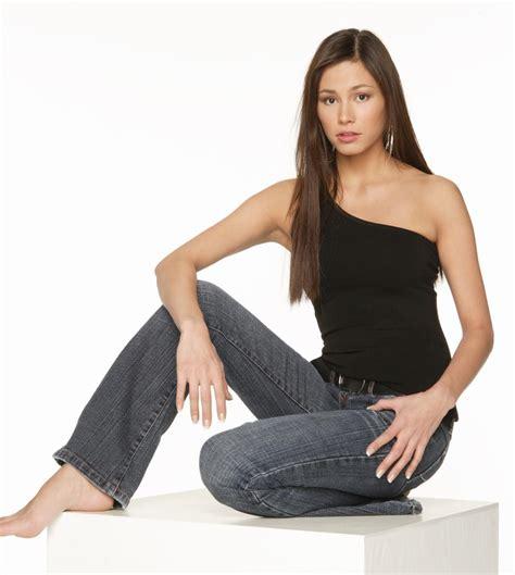 Canadas Next Top Model Portfolio Pictures by Who S Who On Canada S Next Top Model