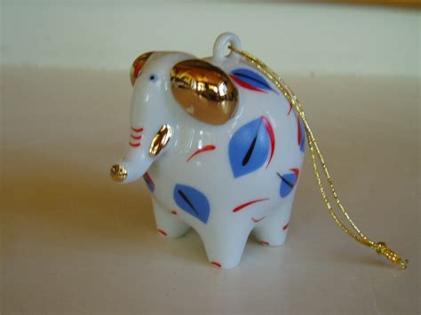 villeroy boch porcelain christmas ornament mod elephant