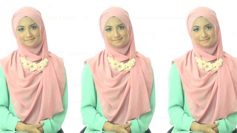 xl hijab tutorial shawlbyvsnow hijab tutorial 1 with vs essential scarf xl