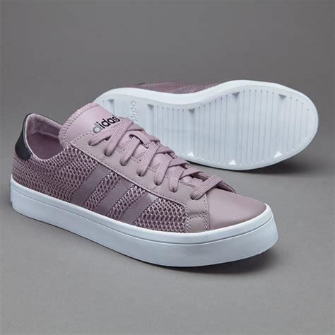Sepatu Sneakers Adidas Originals Court Vantage Suede Black sepatu sneakers adidas originals womens court vantage