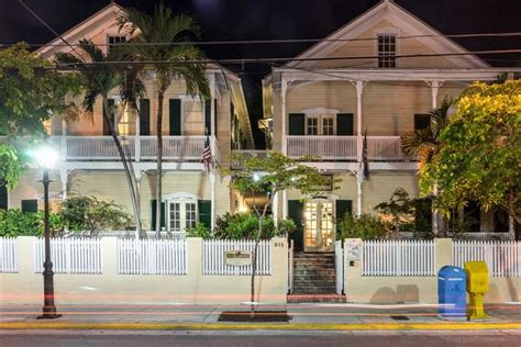 duval inn key west duval house hotel key west compare deals
