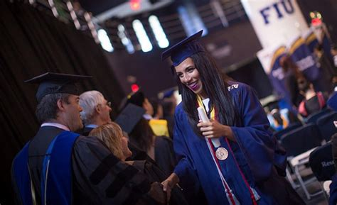 Chapman Mba Applying For Graduation by College Of Business Awards Nearly 1 000 Degrees At Fiu