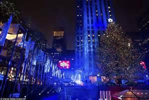 manhattan tree lighting rockefeller tree lights up and officially kicks