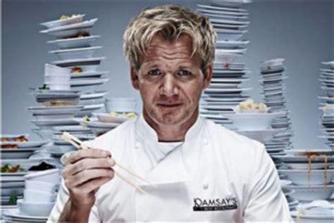 cucina con ramsay libro gordon ramsay la di hell s kitchen per natale