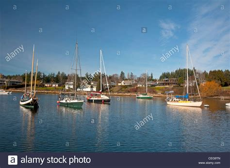 boat mooring vancouver comox harbour yacht moorings and float plane berth