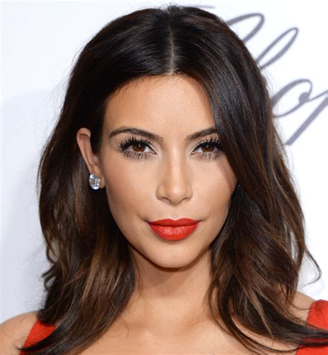 here s how you can get perfect faux lashes like kim