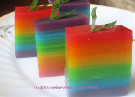 cara membuat kue bolu lapis warna warni cara membuat lapis pelangi yang lembut warna warni mantap
