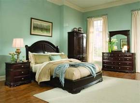 Bedroom Color Schemes With Hardwood Floors Light Green Bedroom Ideas With Wood Furniture Light