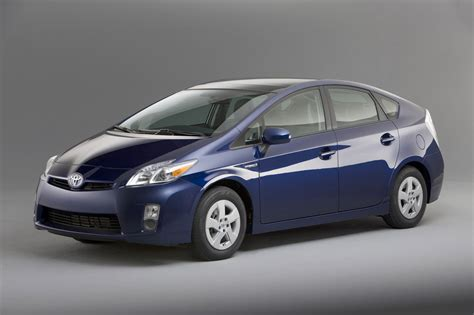 Price Toyota Toyota Reportedly Cutting The Price Of The Prius To