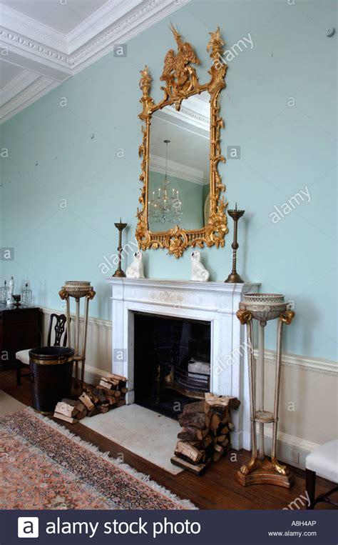 specchio con cornice dorata specchi con cornice dorata awesome specchio con cornice