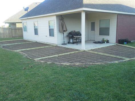 form patio construction