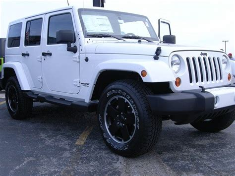 South Oak Dodge Chrysler Jeep 2012 Jeep Wrangler Unlimited Bright White Clearcoat