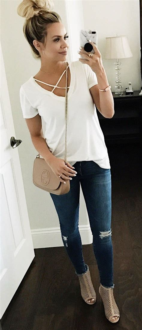 spring fashion for over 60 60 must have spring outfits you should already own