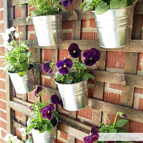 Wall Planter Ideas by 25 Best Ideas About Vertical Wall Planters On