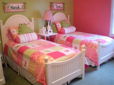 pink green girls bedroom room for two girls in green pink light color scale modern interior and decor ideas