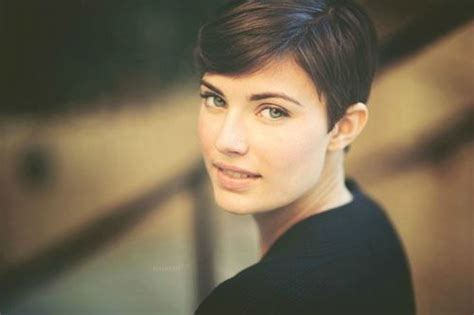 popular midlife hairsyles 25 best brunette pixie cut ideas on pinterest pixie