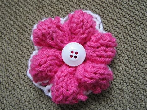 how to knit a flower you to see simple knit flower by knotenufknit