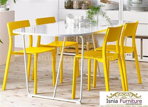 Meja Makan Cantik meja makan cantik 4 kursi kuning 187 indonesia furniture