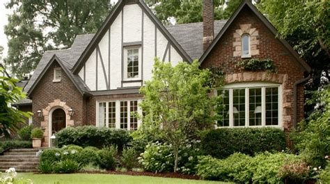 colonial vs craftsman 28 colonial vs craftsman 25 best ideas about