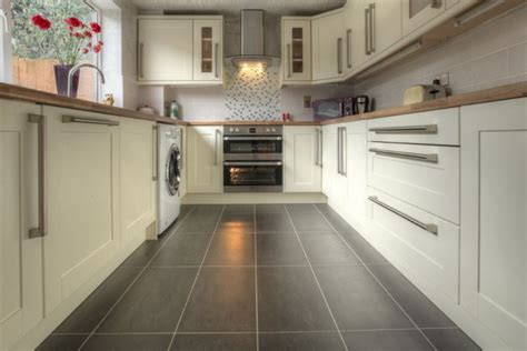 fitted kitchen cabinets perkins son kitchens and bedrooms kitchen fitter in