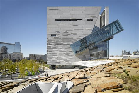 Landscape Structures Dallas Tx Perot Museum Of Nature Science Architect Magazine
