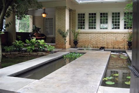 15 innovative designs for courtyard gardens hgtv 15 unique garden water features hgtv
