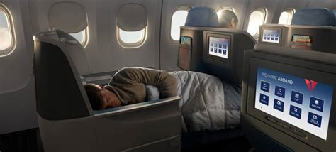 delta upgrade from economy comfort to business class delta expanding service between new york jfk and lax
