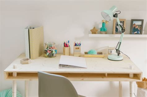 Childrens Bedroom Table Ls by Wood Bedroom With A Cool Desk Petit Small