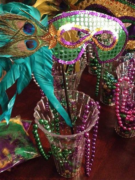 diy mardi gras decorations diy mardi gras decor 50 emily s enchantments