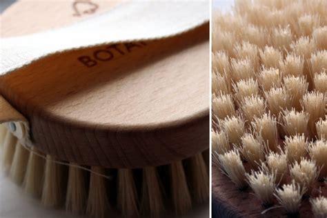 Botanics Detox Brush by Look Flying Monkeys Pre Essentials