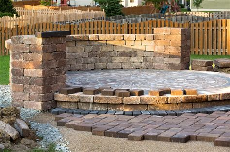 Sloped Backyard Retaining Wall Of Landscapes Llc Retaining Wall Design And Installation