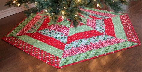 How To Make A Quilted Tree Skirt by Tree Skirt Pattern Beneconnoi