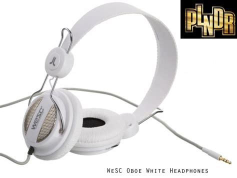 Headphone Giveaway - plndr headphone giveaway the awesomer