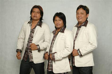 lirik  kunci gitar mauliate  trio century lagu batak