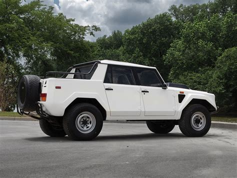 Lamborghini Lm002 Specs Rambo Lambo To Be Auctioned For An Estimated 180 000