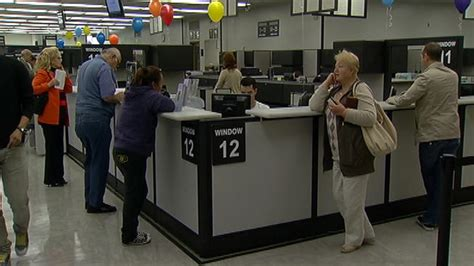 Ca Dmv Offices by Dmv Office In Glendale Reopened For Business Nbc